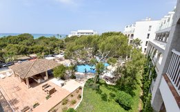 Vista piscina Superior 1-Bedroom Apartment with sea view Bloc Mediterraneo - APS